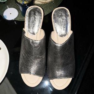 Kenneth Kol Reaction Brand Wedge Shoe